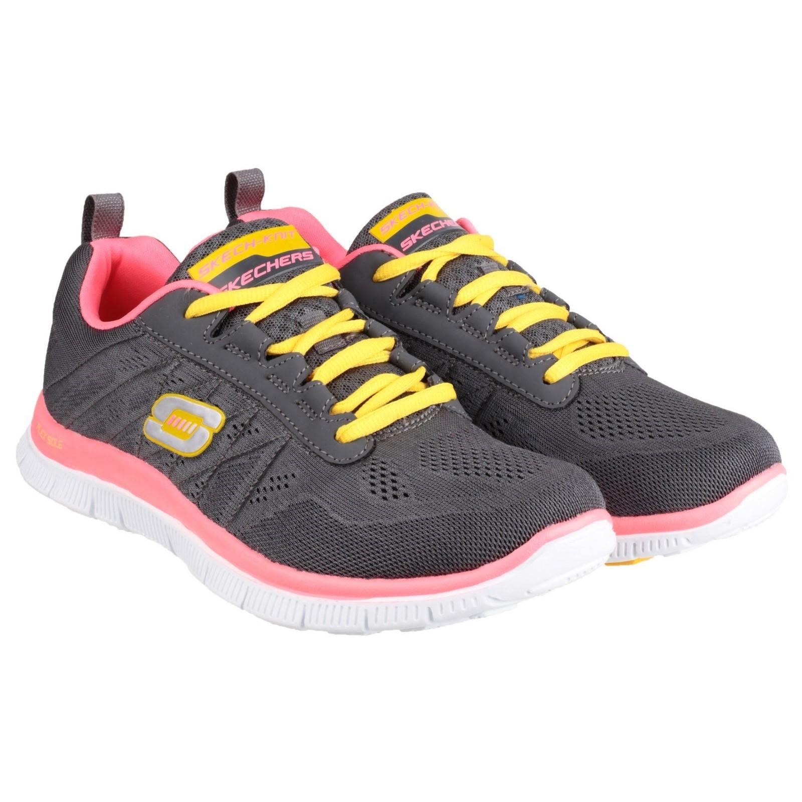 pubblicita scarpe skechers
